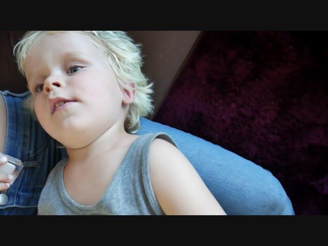 LUAN GAAT VLOGGEN IN DE TUIN | Bellinga Vlog #371