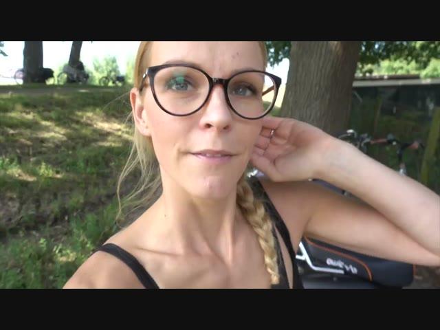 SPELEN BiJ ... DE KiNDERBOERDERiJ ! | Bellinga Vlog #692