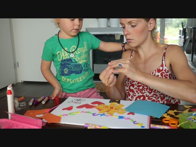 KINDERTEKENINGEN VAN EN VOOR JULLIE! | Bellinga Vlog #393