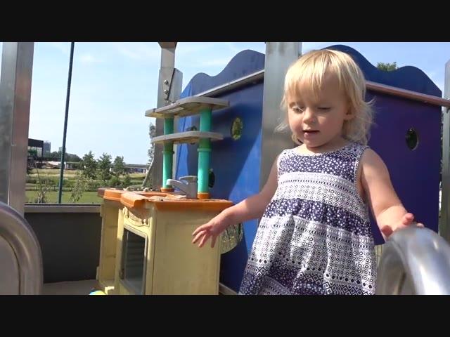 4 KiNDEREN VERRASSEN | Bellinga Vlog #678