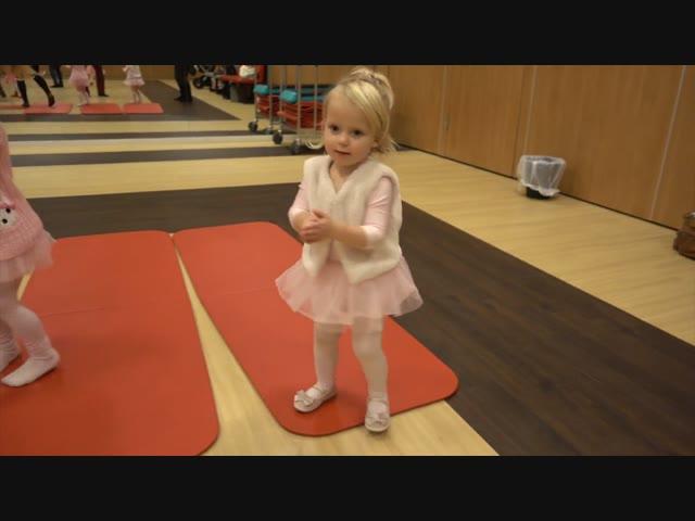 BALLET LES ROUTINE | Lucilla Bellinga #53