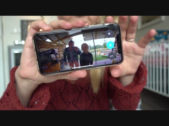 iEMAND AAN DE DEUR? | Bellinga Familie Vlog #1040