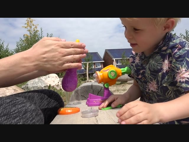 iNSECTEN VANGEN | #Bellinga #FamilieVloggers.nl #1058 #FamilyVloggers.com #BellingaTV #DeBellingaS
