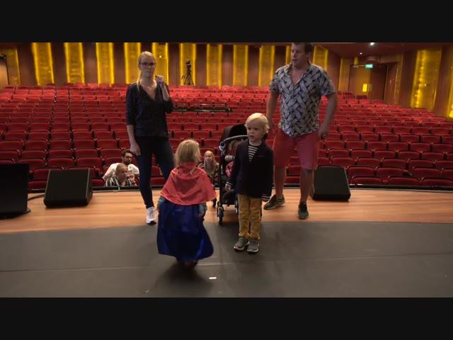 REPETiTiE BELLiNGA FAN SHOW | Bellinga Familie Vlog #1115