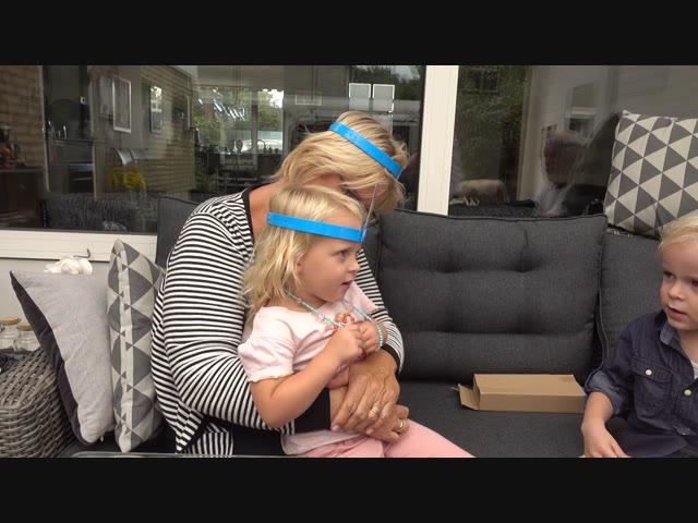 WiE BEN iK?  | Bellinga Familie Vlog #1108