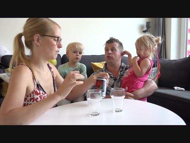 AMERiKAANSE FRiSDRANKEN PROEVEN    Bellinga Familie Vlog #1064