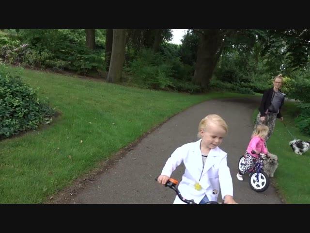 TRAP ER NiET iN! | Bellinga Familie Vlog #1025